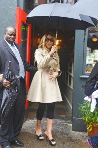 Mariah-Carey-Mariah-Carey-Grabs-Lunch-NYC-ryQoKEgm4s2x