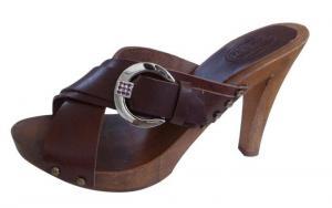 zoccoli di legno Mario Doni