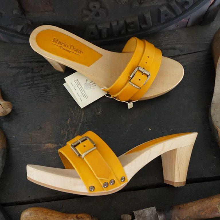 Mario Doni, zoccoli da donna artigianali