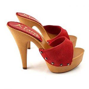 zoccoli rossi