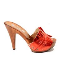 red women's mules from kikkiline