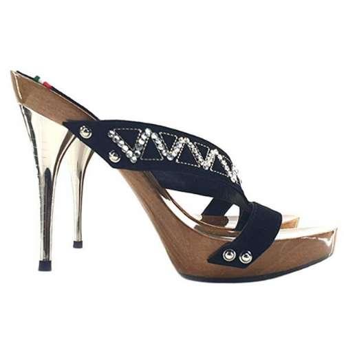 sandali in legno