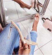 Sandalo open toe trasparente chiaro