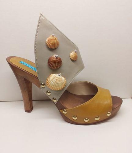 sandalo di legno