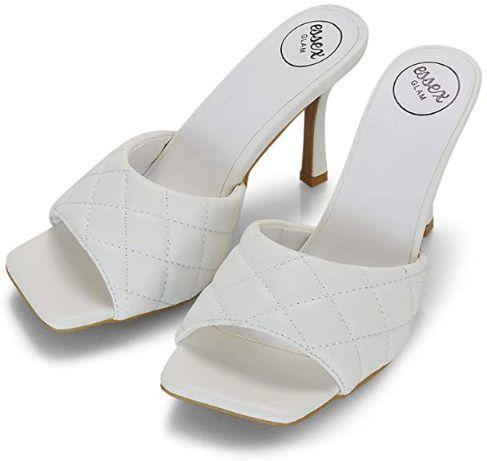 sandali alla moda bianchi