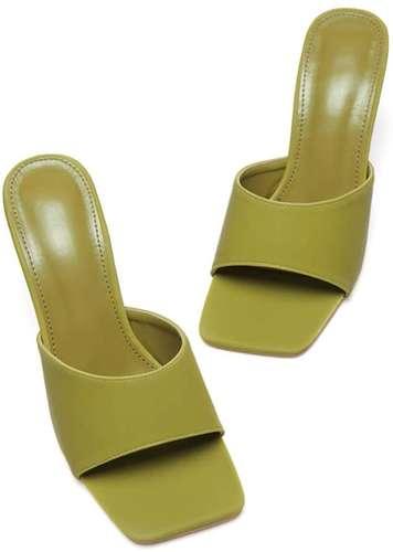 sandali estivi verdi
