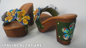 clogs ricamati
